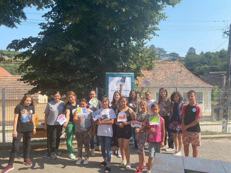 Read more about the article Cine reciclează? Ce descoperiri au făcut copiii la atelierele pentru protecția mediului Eco-Lab Laslea?